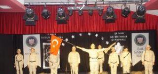 """BANDIRMA ŞEHİR GAZETESİ """"AMERİKAN KÜLTÜR KOLEJİ 18 MART ŞEHİTLERİNİ ANDI"""""""